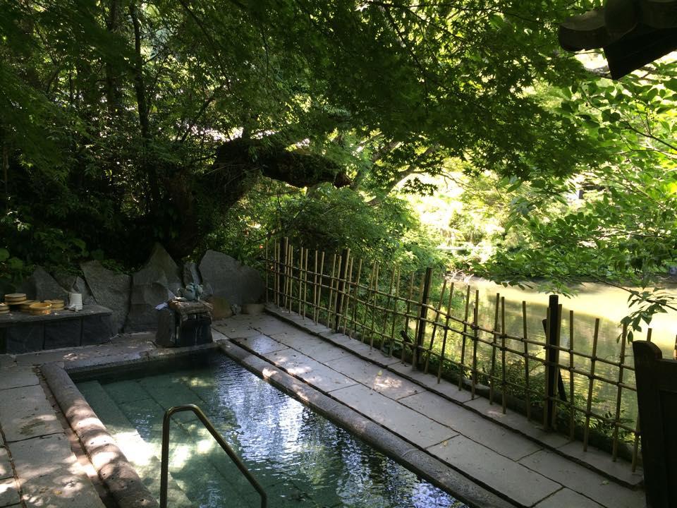 日置市 吹上温泉 湖畔の宿 みどり荘