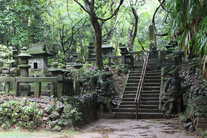 島津歳久公墓所(大乗寺跡 ):秀吉の侵攻で無念の死を遂げた智将