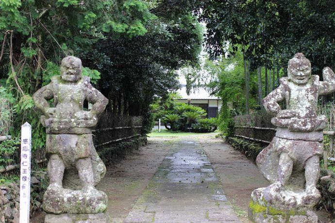 感応寺跡:島津家初代忠久公から5代目貞久公が眠る日本最古の禅寺のひとつ