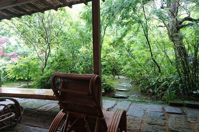 ゆかいだ温泉 つれづれの湯:緑が豊かな隠れたリゾート @湯之元