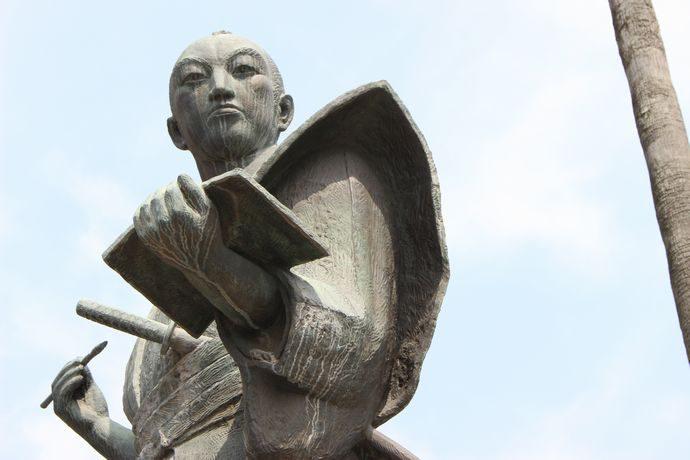 小松帯刀像:薩摩の名宰相を訪ねて