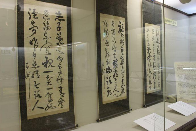 霧島市立国分郷土館:国分の歴史民俗資料だけでなく西郷隆盛の書なども展示