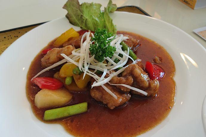 桷志田の黒酢料理