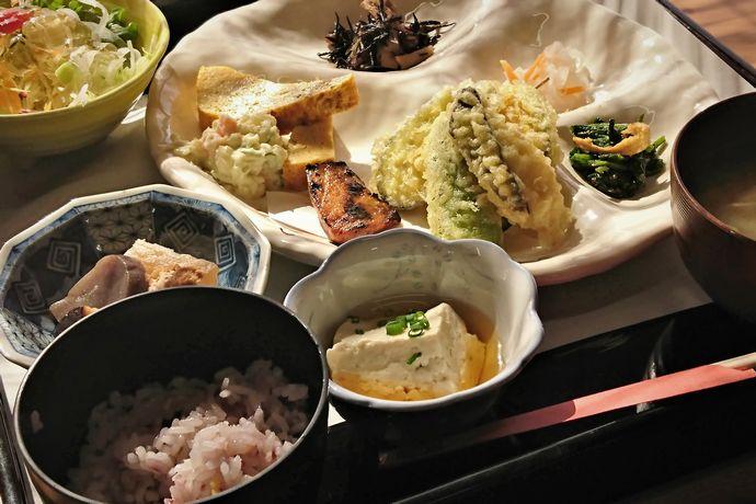 【いちき串木野市】たもいや。:お出汁の効いたおふくろの味!美味しく食べて健康になろう!!