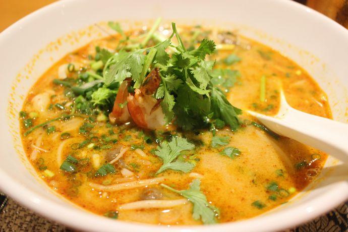 【天文館 】サイアムダイニング:鹿児島でもランチに本格タイ料理が食べられる時代に突入したぞー!