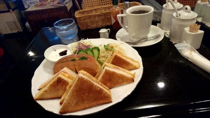 【騎射場】コーヒーハウスヒラタ:昔ながらの純喫茶で過ごす静かな時間